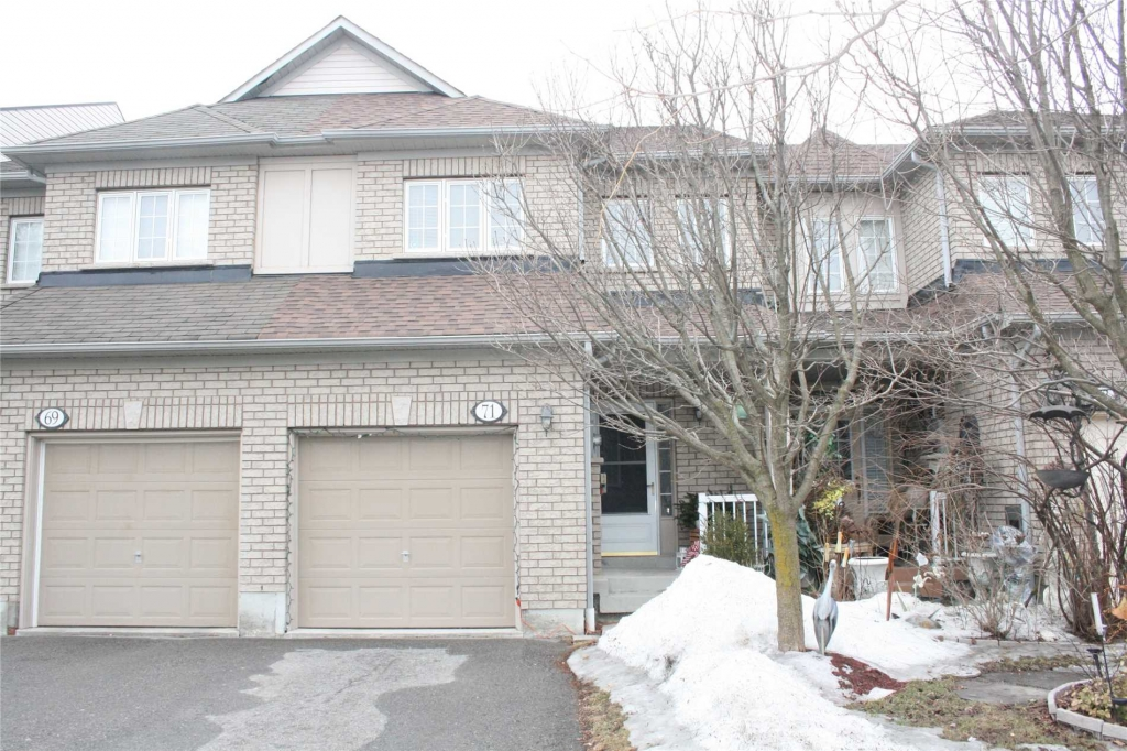 Real Estate - Whitby -